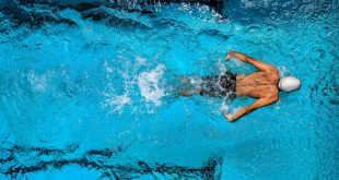 sport aquatique contre cellulite fibreuse