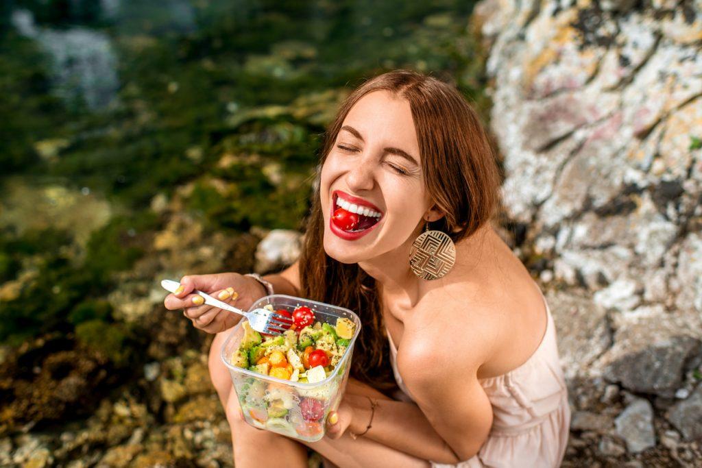 manger une salade
