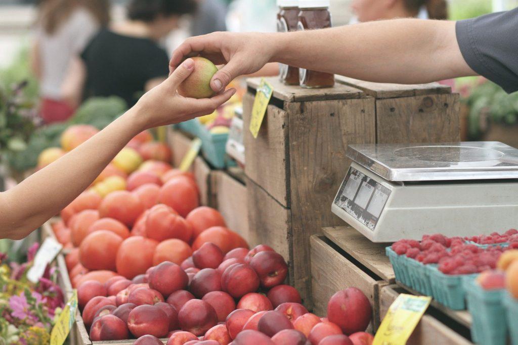 achat de pomme en magasin